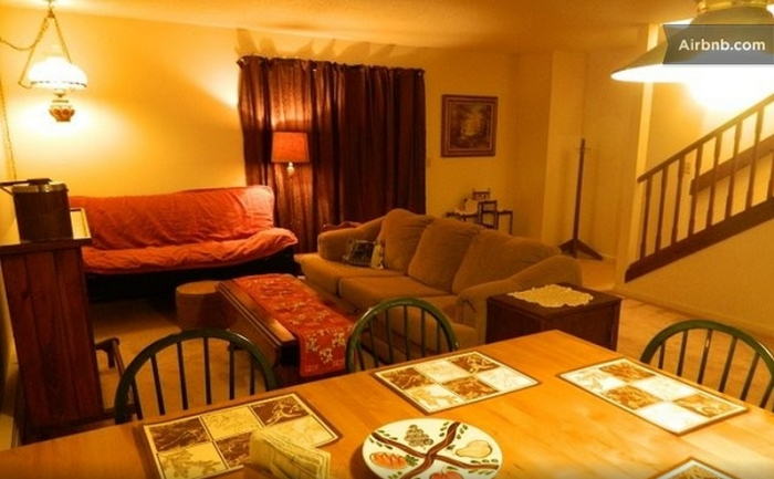 Chris Rose lists his Rutland Town, VT, duplex on Airbnb.